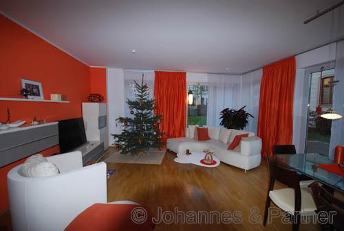 Wohnzimmer (ist farblich wieder neutralisiert)