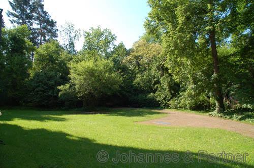 allgemeiner Garten und parkähnliches Grundstück