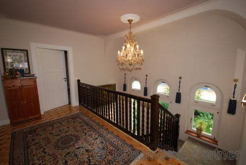 Galerie des Treppenhauses im Obergeschoss