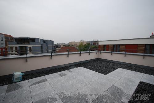 Teil der großen Dachterrasse