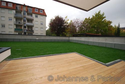 große Terrasse und Gartennutzung