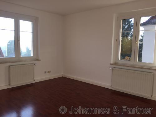 helles Wohnzimmer (Bild aus der baugleichen Wohnung darüber)