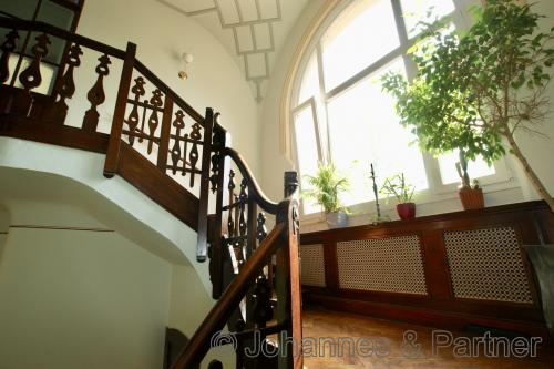 Treppenaufgang zum Wohnungseingang im 1.Obergeschoss