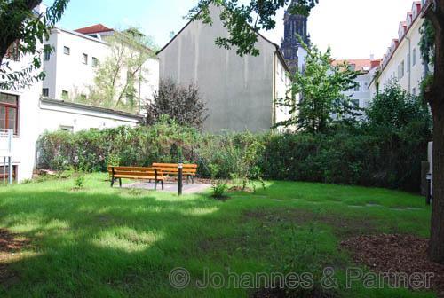 Garten zur Nutzung mit Sitzplatz