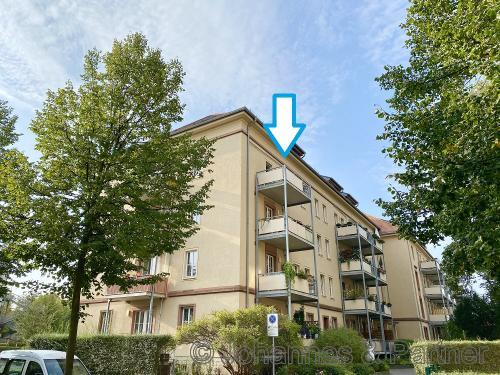 Hausansicht mit Balkon im 3.Obergeschoss